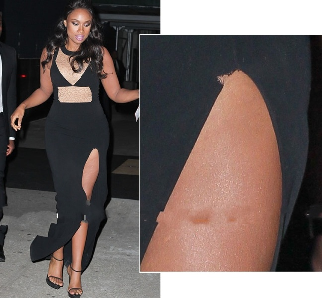 Jennifer Hudson had a minor wardrope mal-function